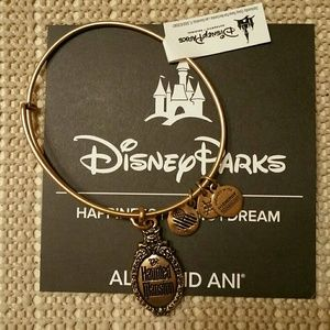 Haunted Mansion Logo Bangle (GOLD)